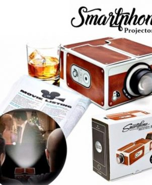 Smartphone Home Cinema Projector