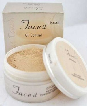 Oil Control Waterproof Face Powder Foundation (Natural)
